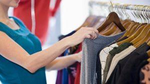 Como-economizar-dinheiro-comprando-roupas