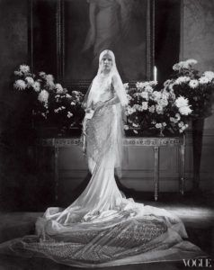 wedding-fashion-by-vogue-brides-through-history-1_original