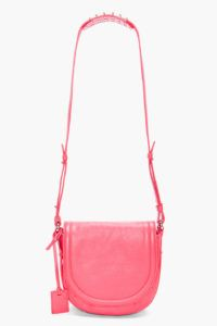 women-handbags-2012041097