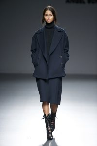 Angel-Schlesser-Fall-Winter-2015-2016-1