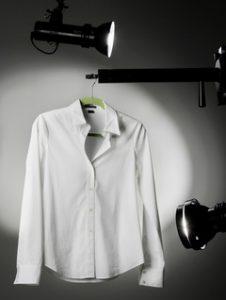 A white Theory blouse that retails for $185.00 photographed in the Plain Dealer studio January 24, 2008.  (John Kuntz / The Plain Dealer)
