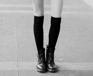black-and-white-boots-doc-martens-docs-dr_-martens-fashion-Favim_com-64941