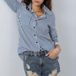 camisa-feminina-listrada-azul-tendencia
