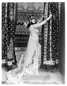 1917-theda-bara-cleopatra